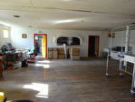 Région Rostrenen - Ancien commerce avec entrepôt, maison de fonction et 2 studios sur parcelle de 968 m²