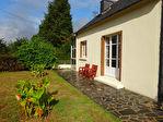 Région Kergrist-Moëlou - Maison traditionnelle avec grande dépendance en pierre sur parcelle de 2220 m²