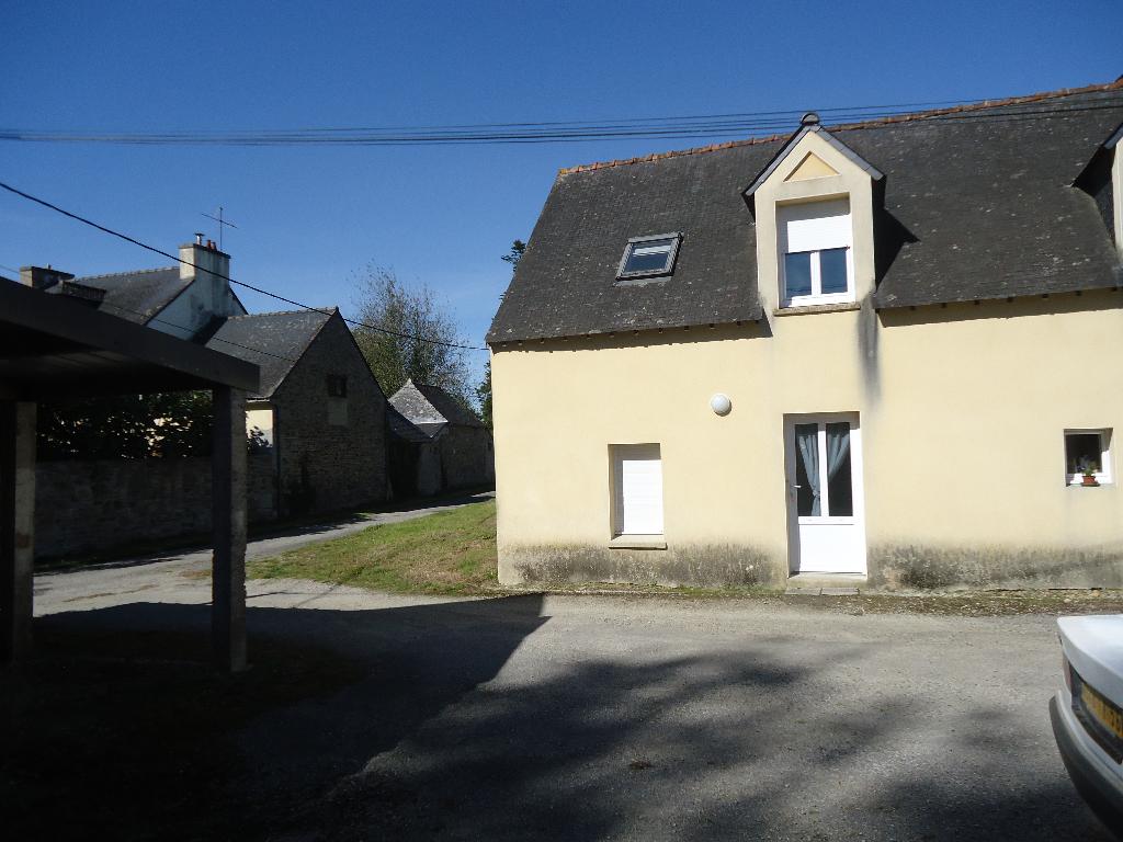 A louer Pontivy Bretagne Morbihan Appartement T3 en duplex superficie 41 m² avec garage