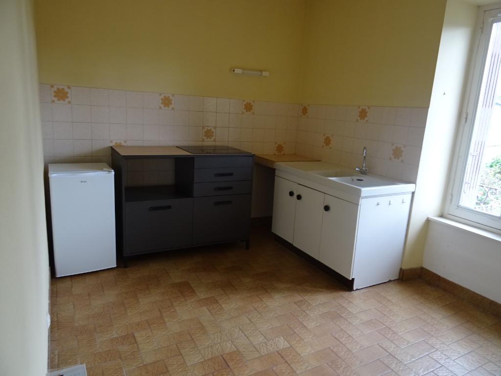 A louer Bretagne Morbihan Noyal-Pontivy Appartement de type 2 de 54 m² au 1er étage