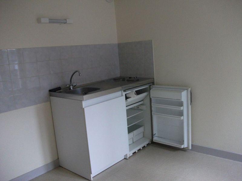 A louer Pontivy Bretagne Morbihan studio équipé 13 m2 quartier super u