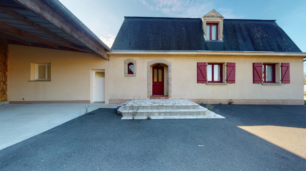 Emplacement privilégié SENS DE BRETAGNE- Maison 9 pièce(s) - 180 m²