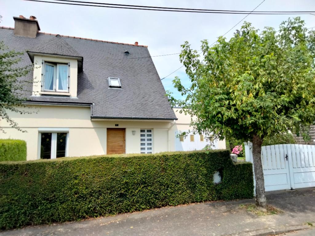 En EXCLUSIVITÉ  sur Combourg, maison de 98.50 m².