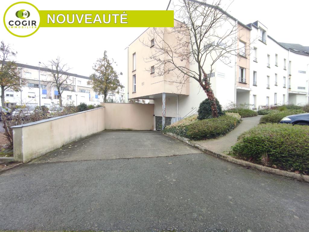 Parking / box Le Rheu 44.5 m2