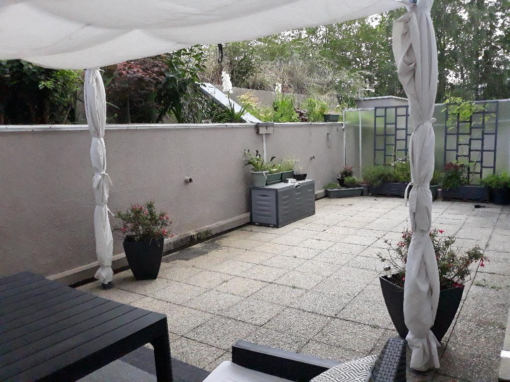 Rennes- lumineux T4 avec terrasse