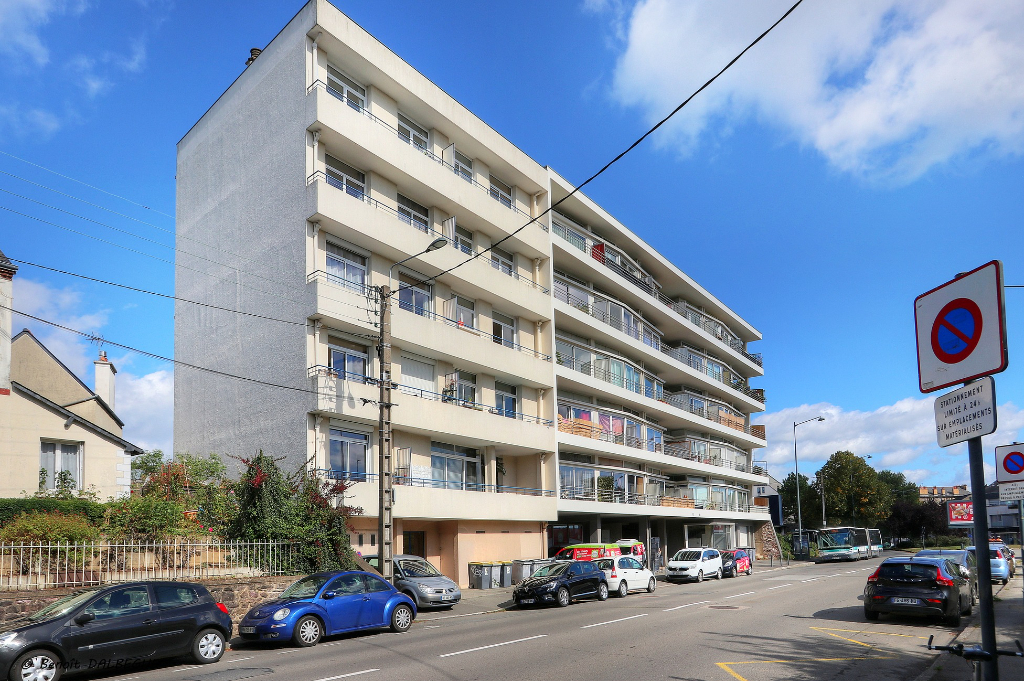 Rennes Proche Centre - Grand Type 2 avec Balcon Sud