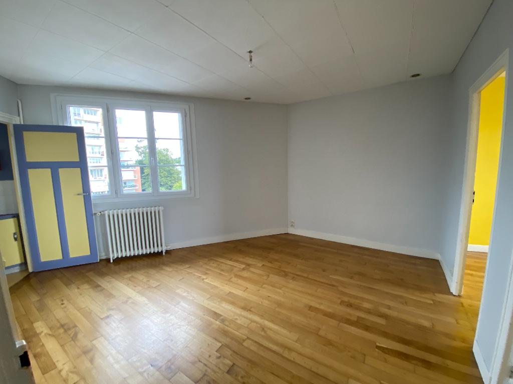 Appartement  3 pièce(s) 44,59m2 CENTRE LES QUAIS
