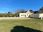 SAINT JEAN TROLIMON - Entrée de bourg - Longère avec dépendance et terrain de 3030 m²