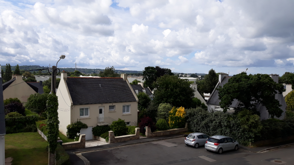 VENDU PAR L\' AGENCE Appartement T2 au centre du Relecq