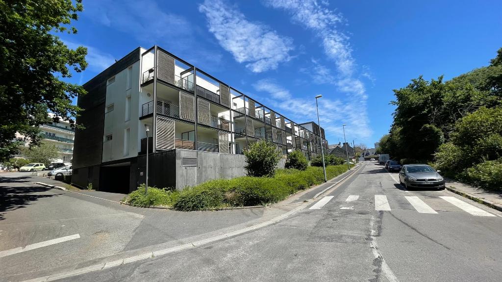 T3  avec Stationnement - immeuble récent - 60 m2