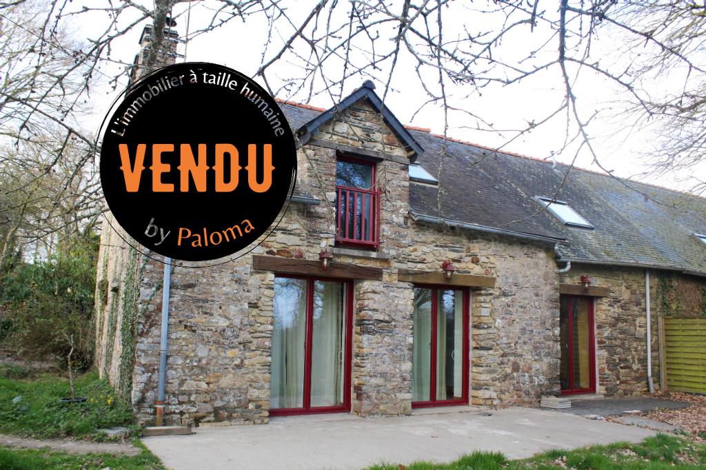 A VENDRE, longère en pierres, Grand Fougeray, Bretagne.
