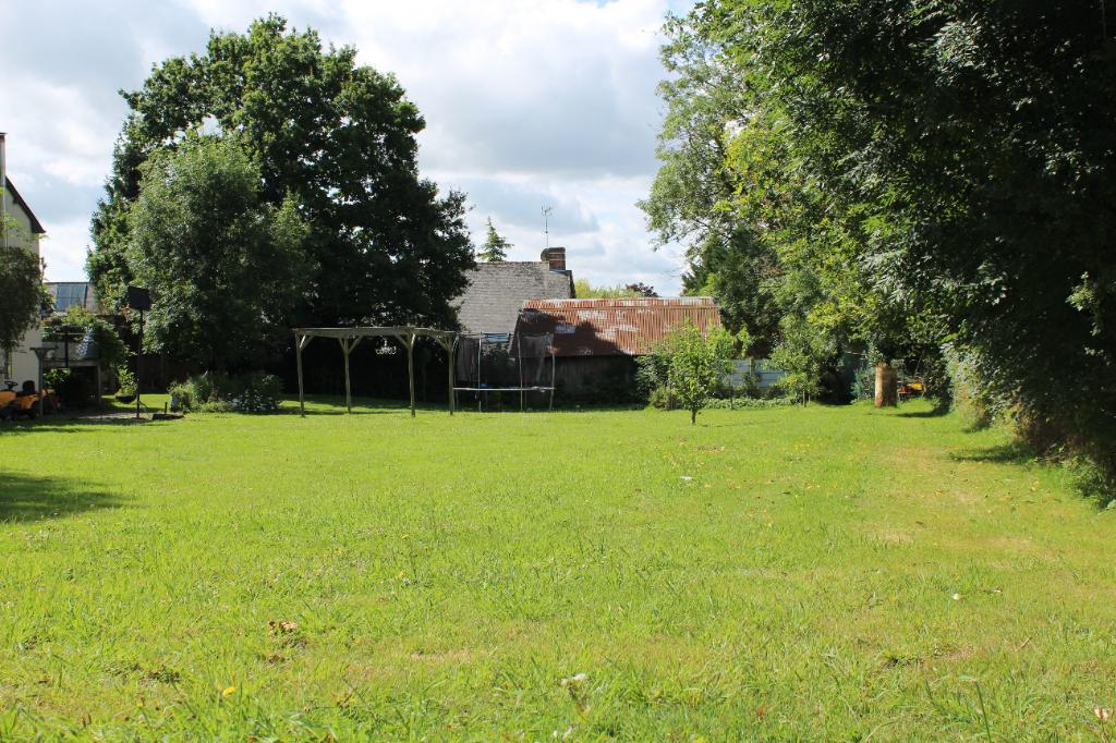A vendre Maison 3 chambres et terrains constructibles env 1300m² - 10 MIN Au Nord de Bain de Bretagne - Ille et vilaine - Bretagne