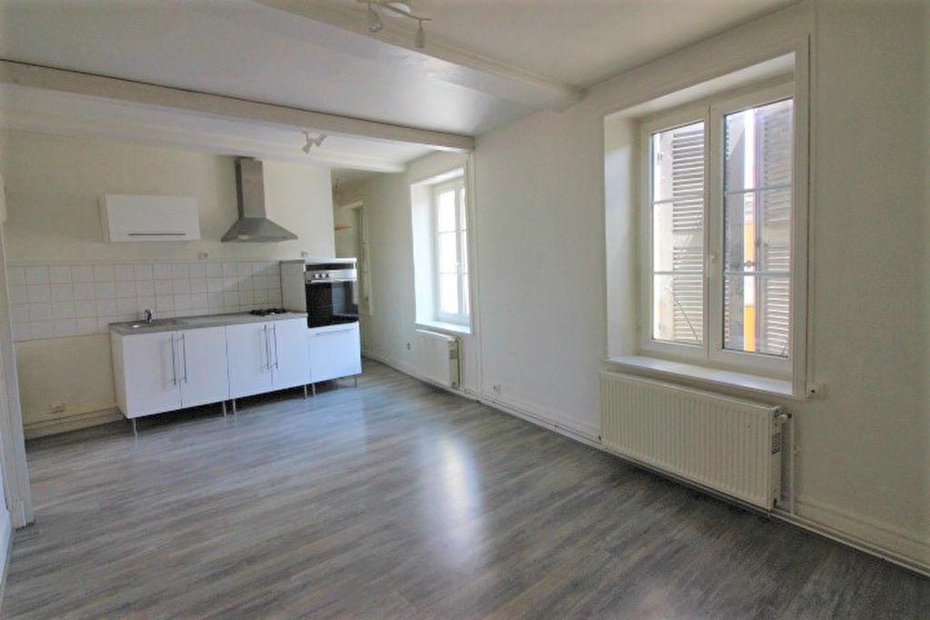 Annonce location appartement soucieu en jarrest 69510 for Annonce location appartement