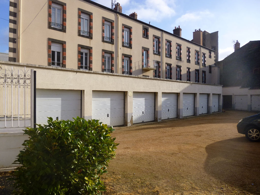 Location garage parking clermont ferrand 63000 sur le partenaire - Garage toyota clermont ferrand ...
