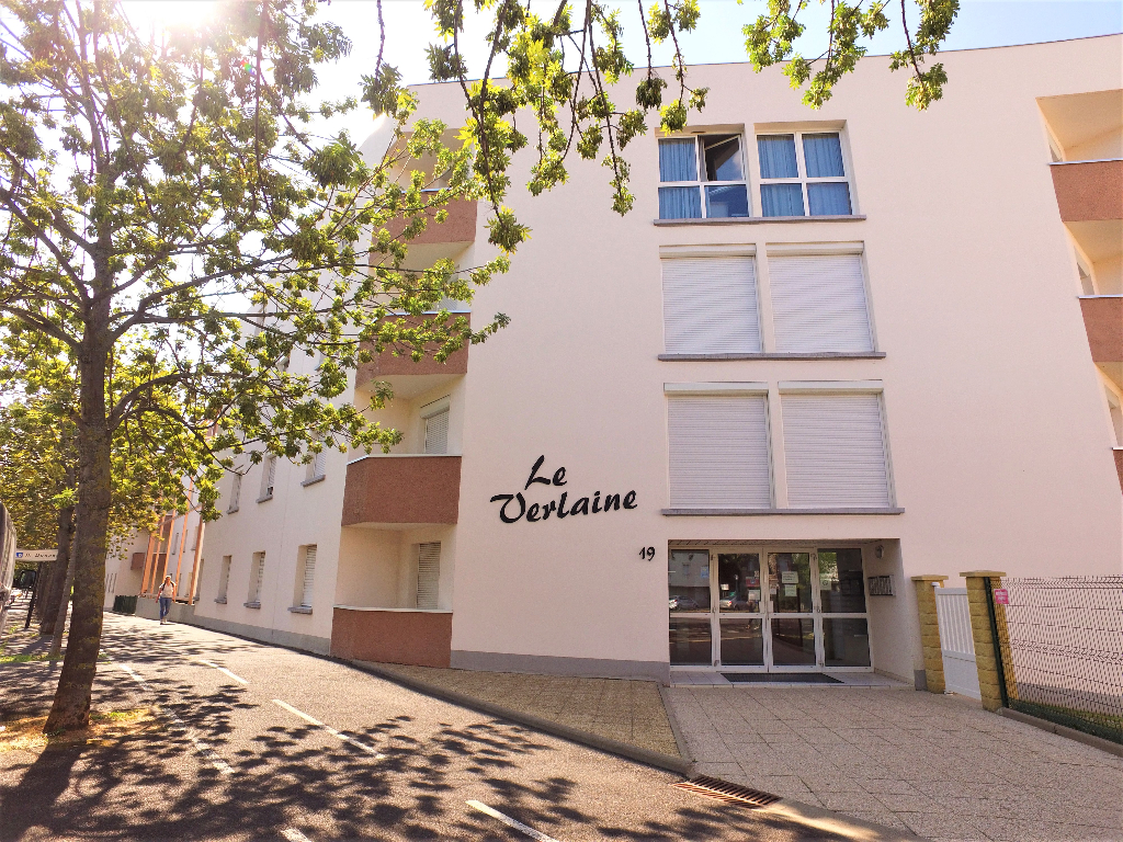 Clermont Les C Zeaux Studio Meubl Clermont Ferrand 63000 Appartement Meuble  Clermont Ferrand