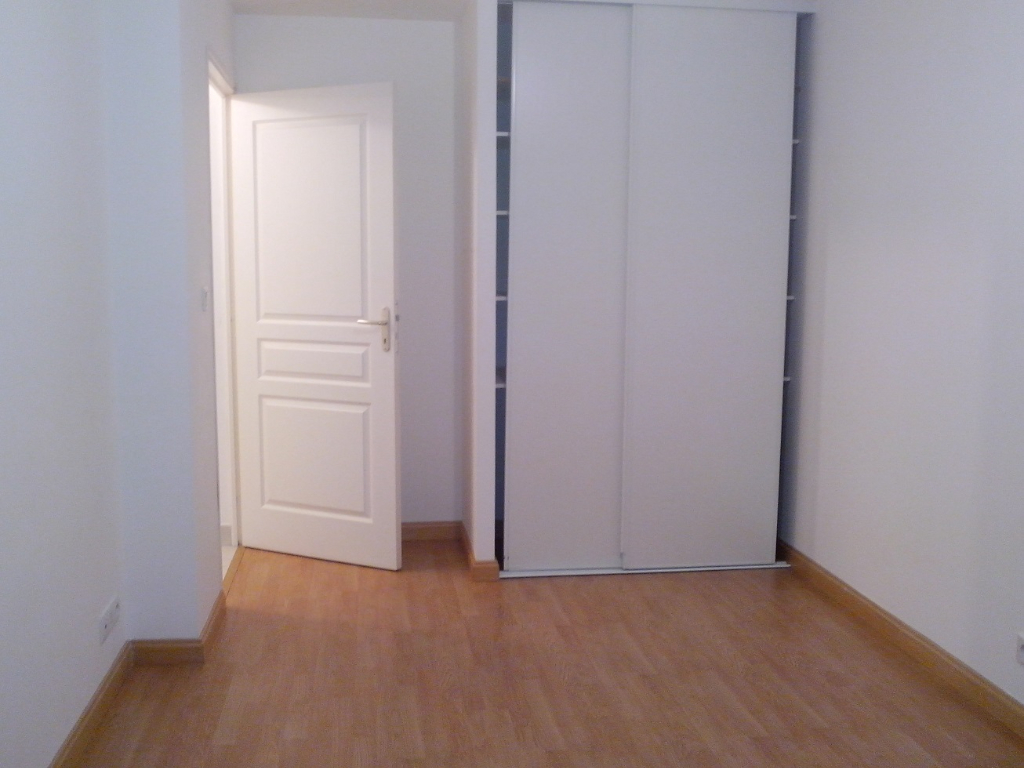 LA ROCHE BERNARD, APPARTEMENT  T3 (2 chambres)