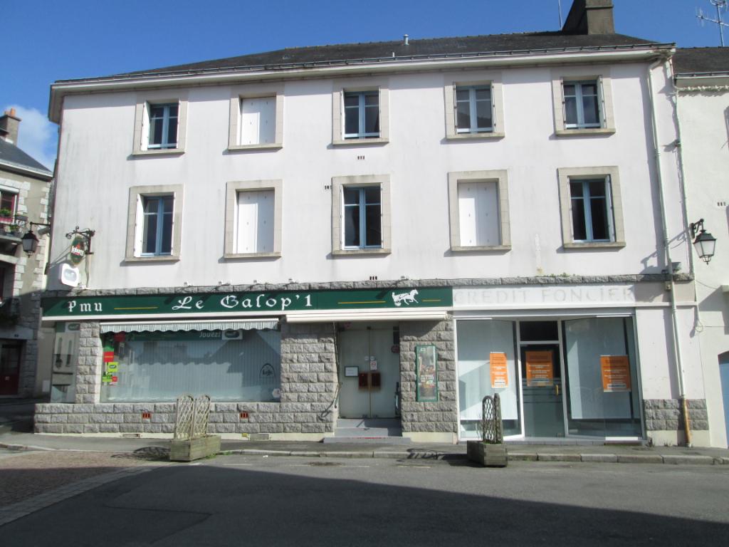 Local commercial de 48M²  LA ROCHE BERNARD