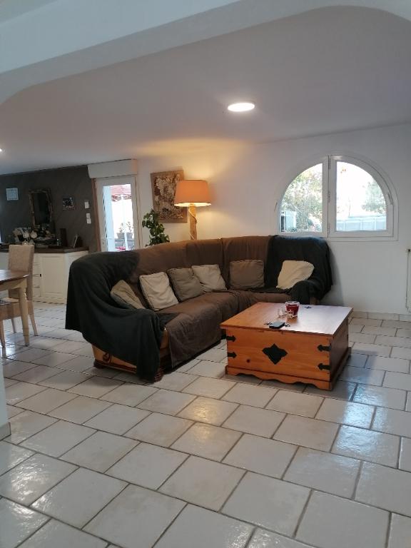 Sale house / villa Saint vivien 322000€ - Picture 2