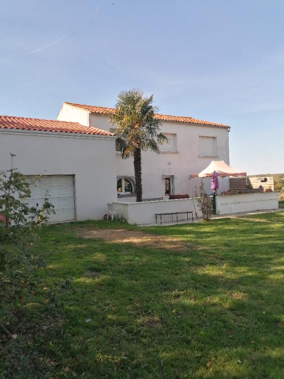 Sale house / villa Saint vivien 322000€ - Picture 4