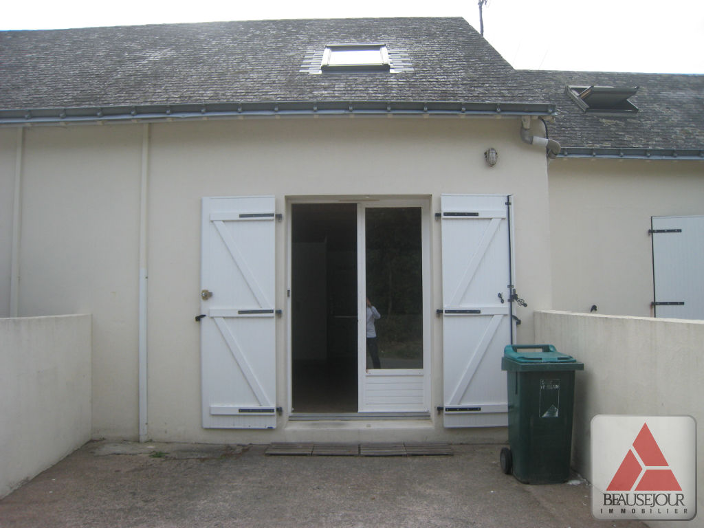 Location maison appartement saint herblain 44800 sur le for Location garage saint herblain