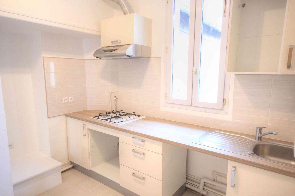 appartement la garenne colombes 5 pi ces m2 la garenne colombes 92250. Black Bedroom Furniture Sets. Home Design Ideas