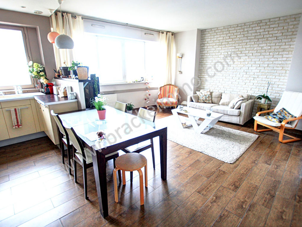 Vente Appartement de 4 pièces 108 m² - COURBEVOIE 92400 | BRACKE IMMOBILIER COURBEVOIE - AR photo2