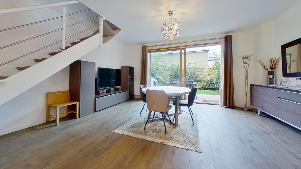 Vente Appartement de 5 pièces 126 m² - COURBEVOIE 92400 | BRACKE IMMOBILIER COURBEVOIE - AR photo1