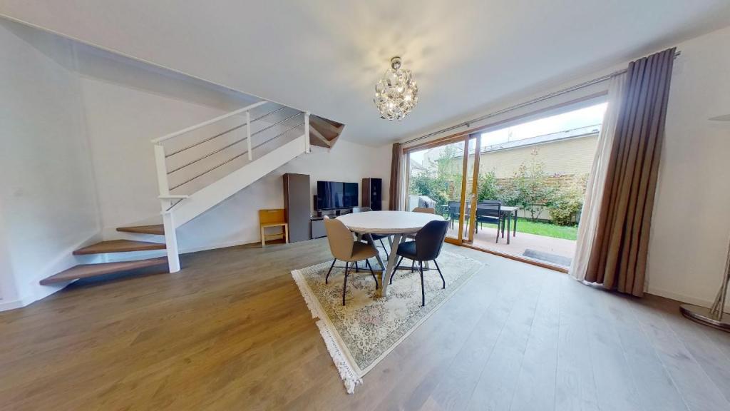 Vente Appartement de 5 pièces 126 m² - COURBEVOIE 92400 | BRACKE IMMOBILIER COURBEVOIE - AR photo3