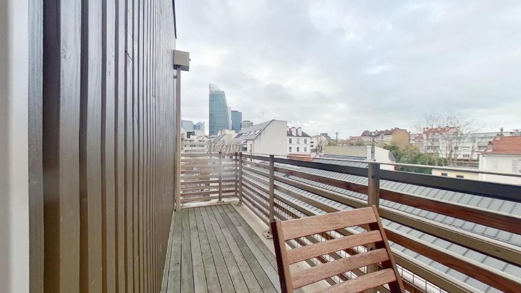 Vente Appartement de 5 pièces 126 m² - COURBEVOIE 92400 | BRACKE IMMOBILIER COURBEVOIE - AR photo5