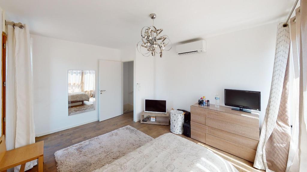 Vente Appartement de 5 pièces 126 m² - COURBEVOIE 92400 | BRACKE IMMOBILIER COURBEVOIE - AR photo11