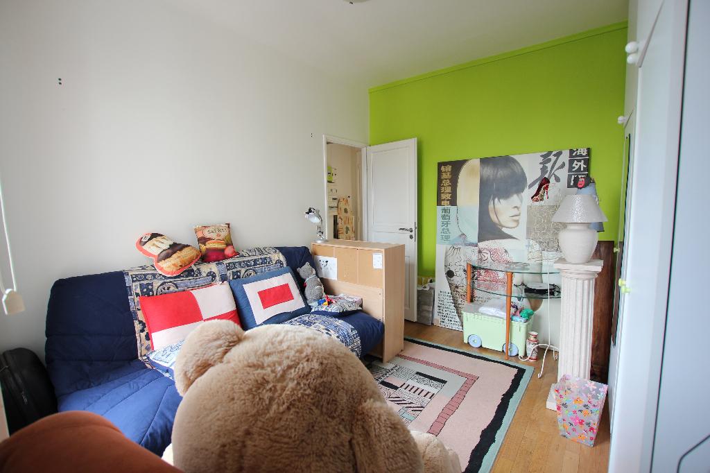 Vente Appartement de 5 pièces 93 m² - COURBEVOIE 92400   BRACKE IMMOBILIER COURBEVOIE - AR photo6