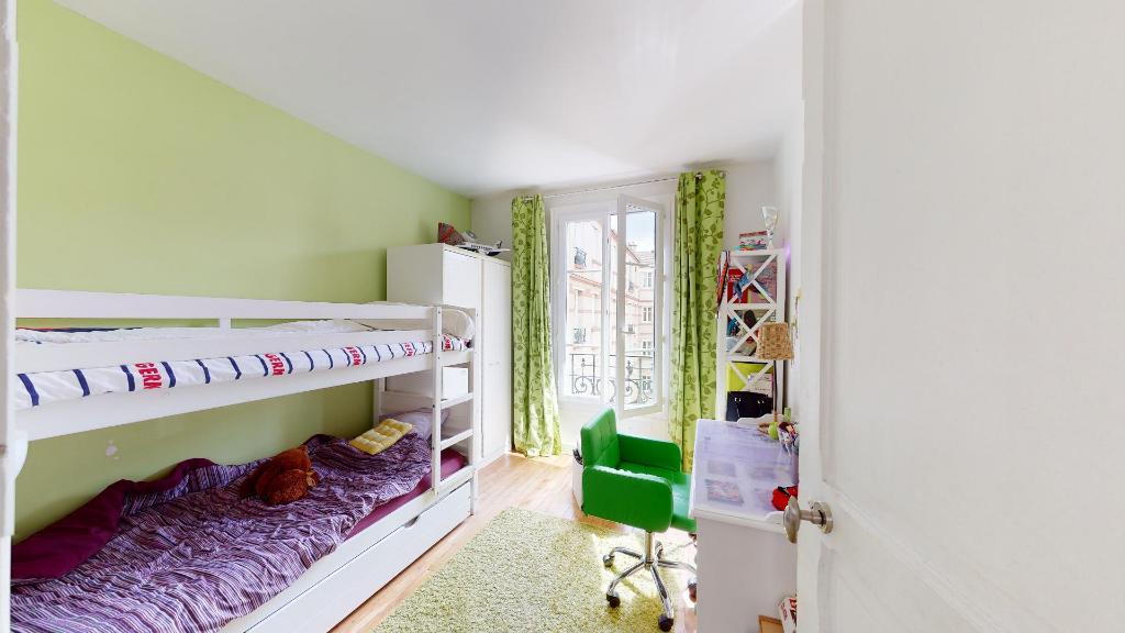 Vente Appartement de 4 pièces 68 m² - COURBEVOIE 92400 | BRACKE IMMOBILIER COURBEVOIE - AR photo4