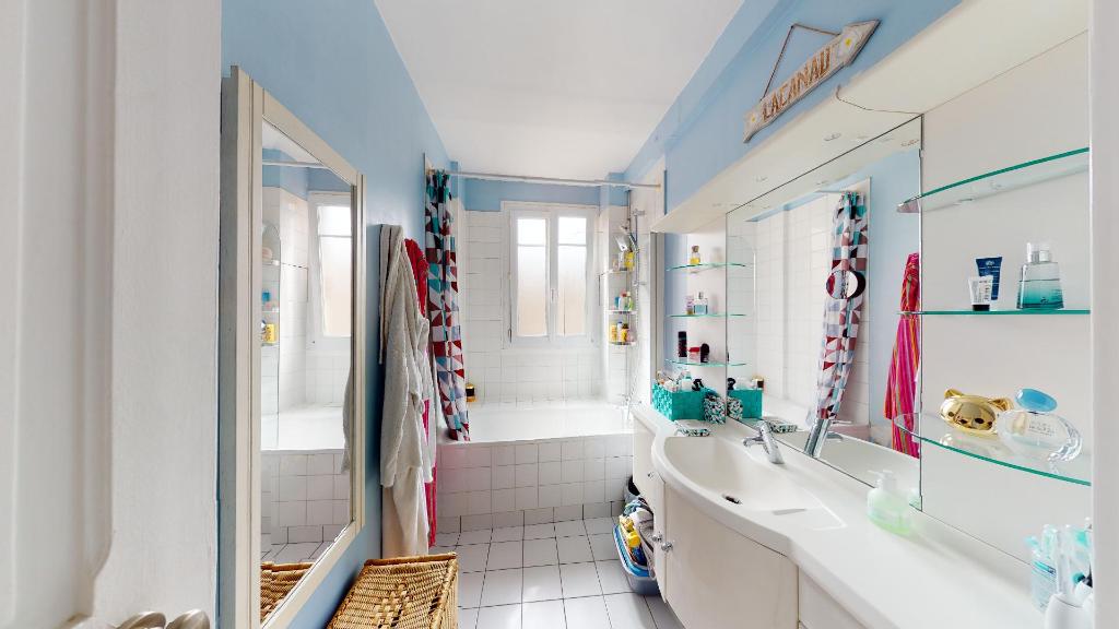 Vente Appartement de 4 pièces 68 m² - COURBEVOIE 92400 | BRACKE IMMOBILIER COURBEVOIE - AR photo6