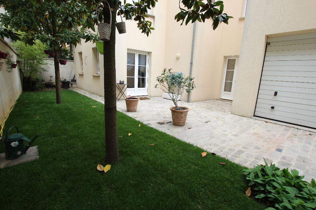 Vente Maison de 7 pièces 160 m² - COURBEVOIE 92400   BRACKE IMMOBILIER COURBEVOIE - AR photo4