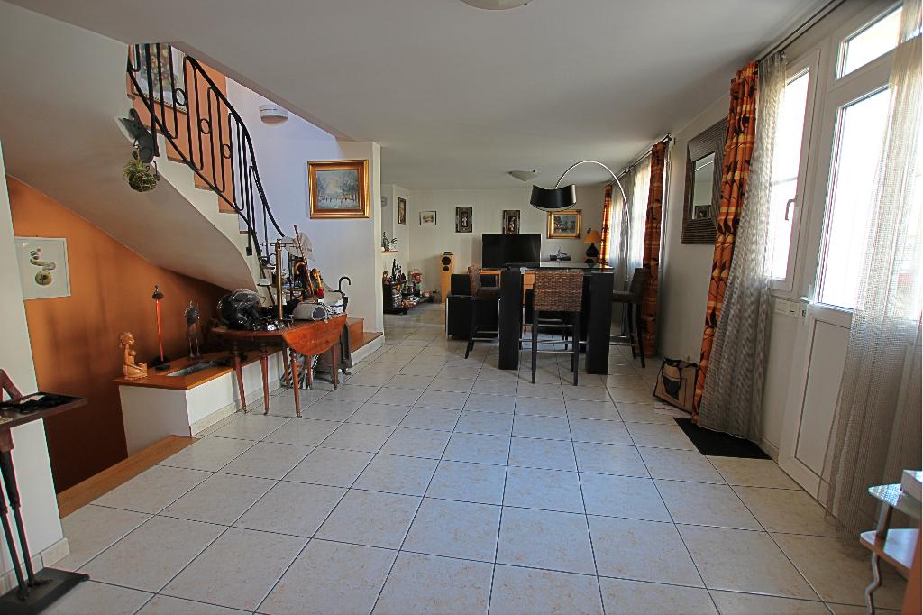 Vente Maison de 7 pièces 160 m² - COURBEVOIE 92400   BRACKE IMMOBILIER COURBEVOIE - AR photo5