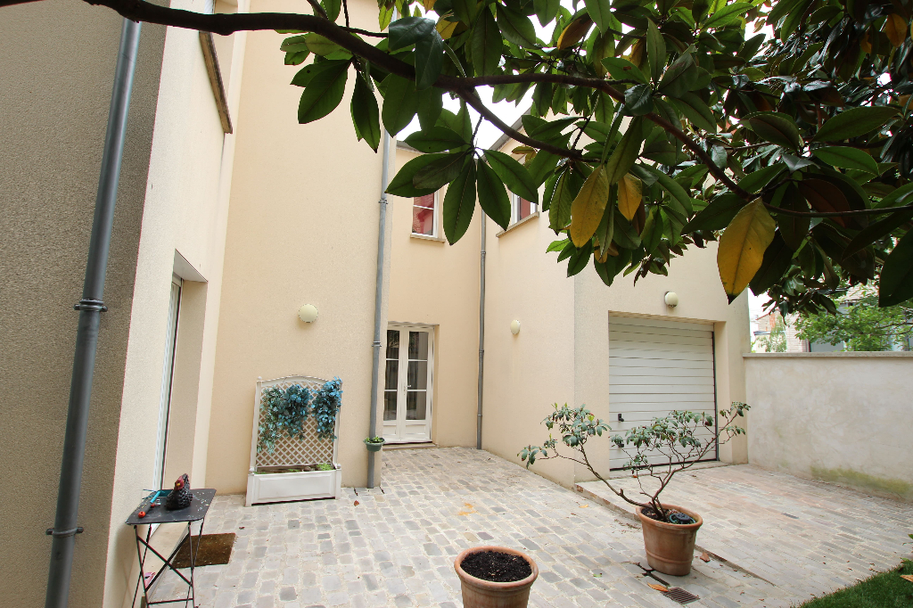 Vente Maison de 7 pièces 160 m² - COURBEVOIE 92400 | BRACKE IMMOBILIER COURBEVOIE - AR photo8