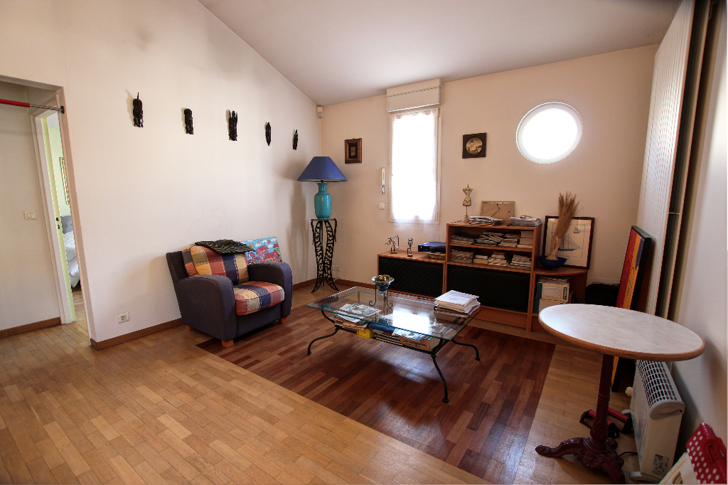 Vente Maison de 7 pièces 160 m² - COURBEVOIE 92400 | BRACKE IMMOBILIER COURBEVOIE - AR photo9