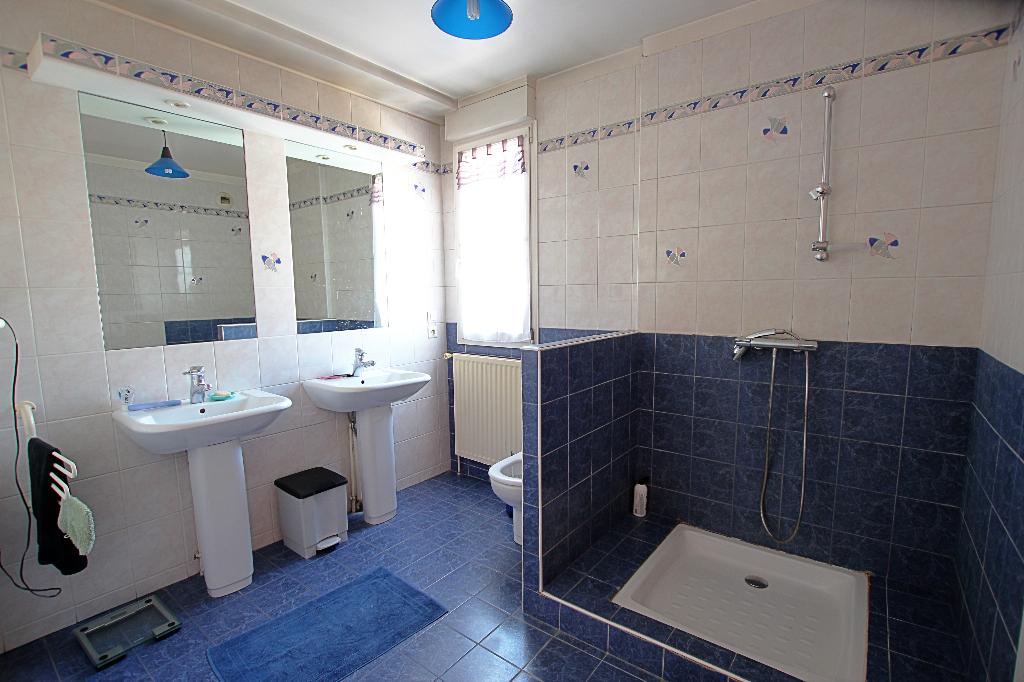 Vente Maison de 7 pièces 160 m² - COURBEVOIE 92400 | BRACKE IMMOBILIER COURBEVOIE - AR photo11