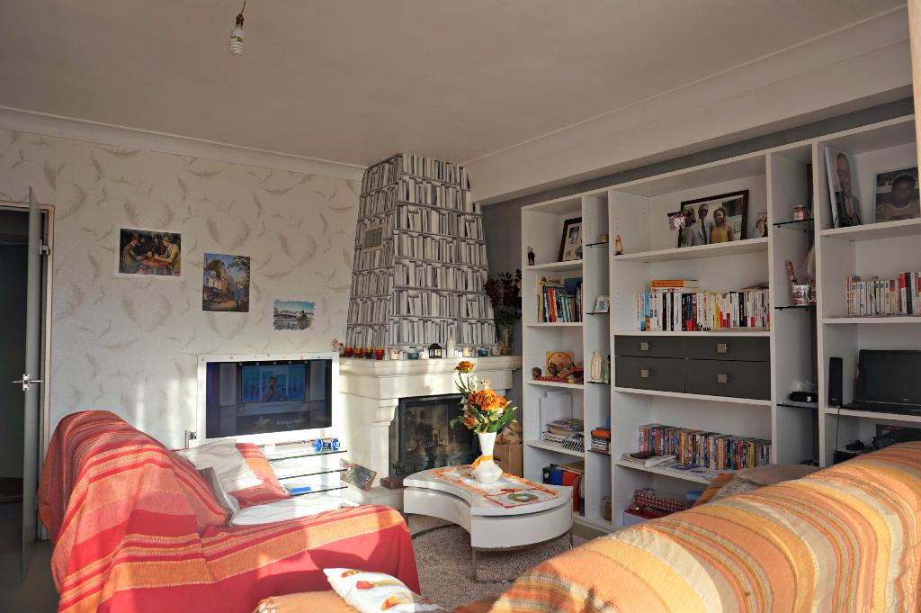 vente maison appartement caen 14000 sur le partenaire. Black Bedroom Furniture Sets. Home Design Ideas