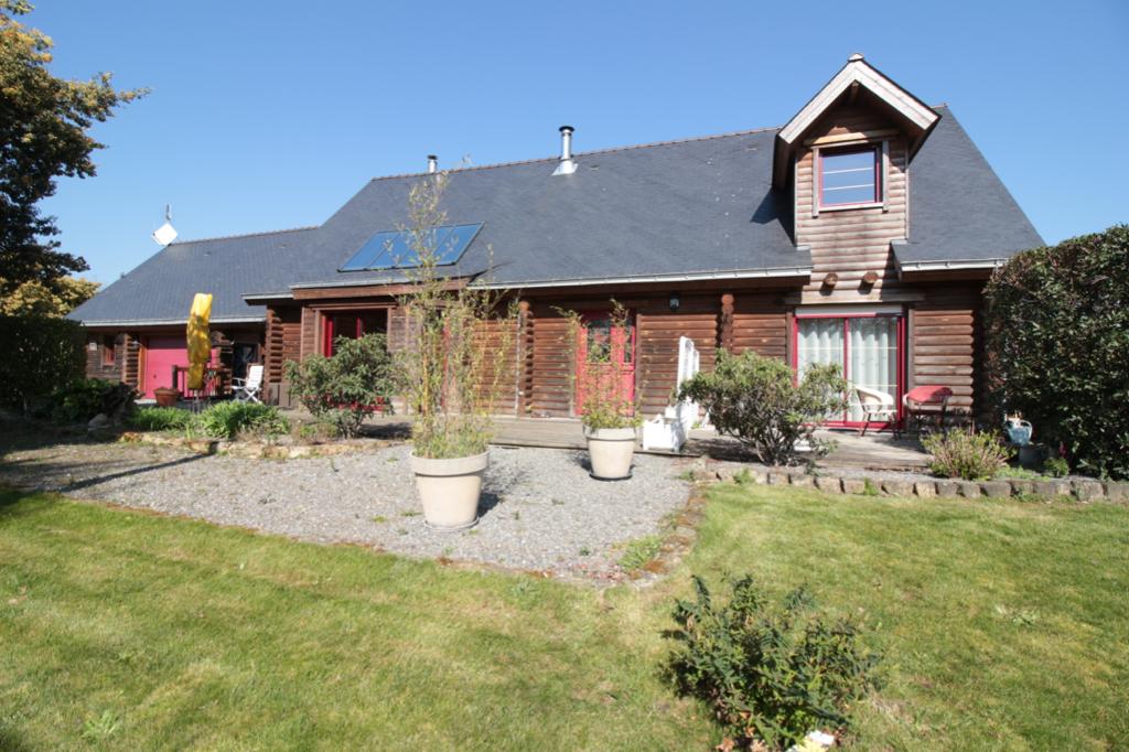 Vente Maison de 6 pièces 170 m² - PEAULE 56130 | Saloux Immobilier - AR photo1