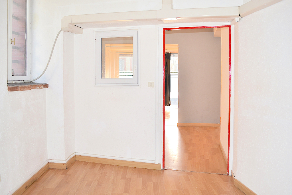 Rental empty room/storage Toulouse 700€ HC - Picture 2