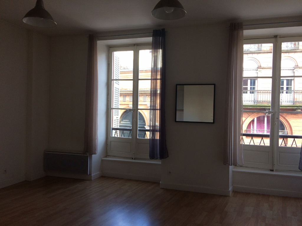 Rental apartment Toulouse 707€ CC - Picture 2