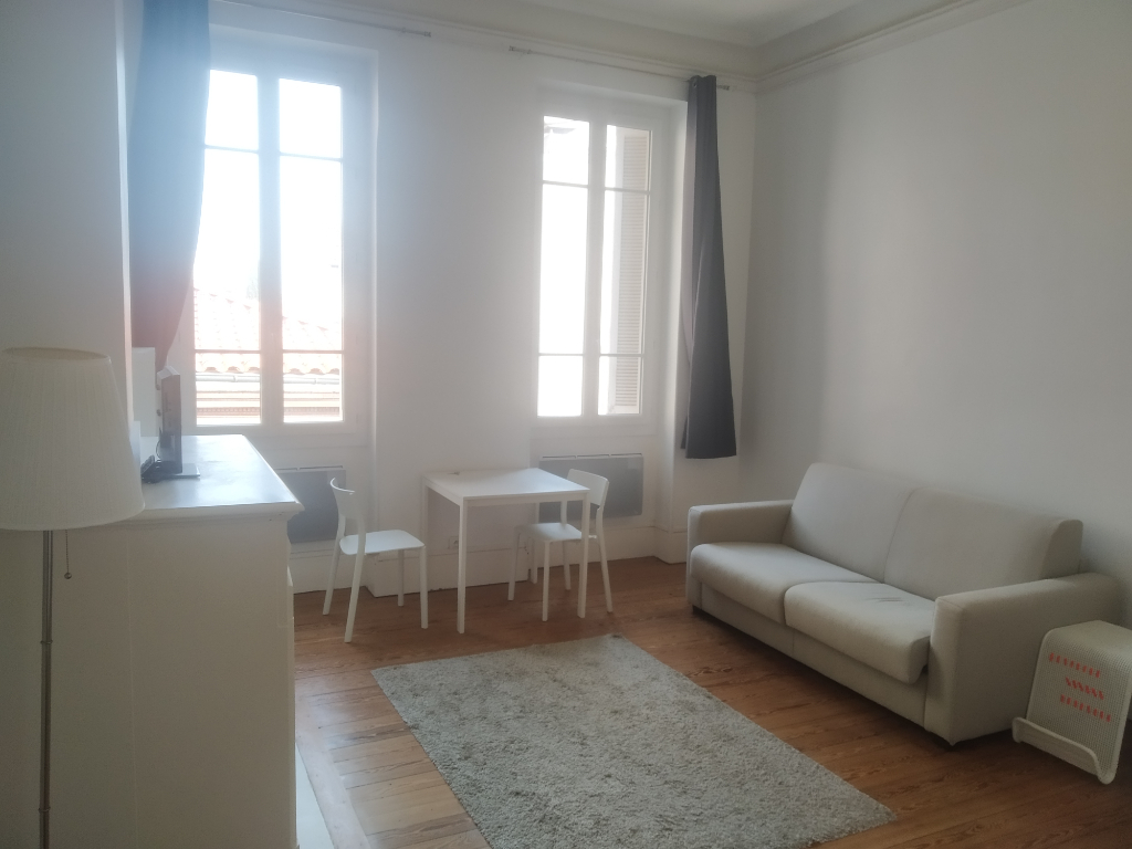 Rental apartment Toulouse 652€ CC - Picture 1