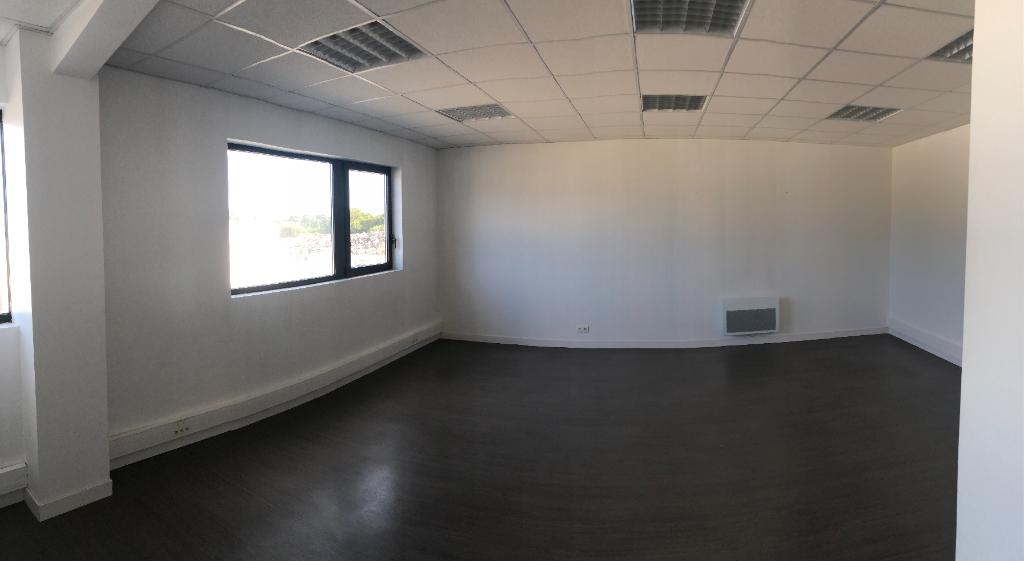 Visuel 1 de l'annonce : Bureaux Guipavas 55 m2