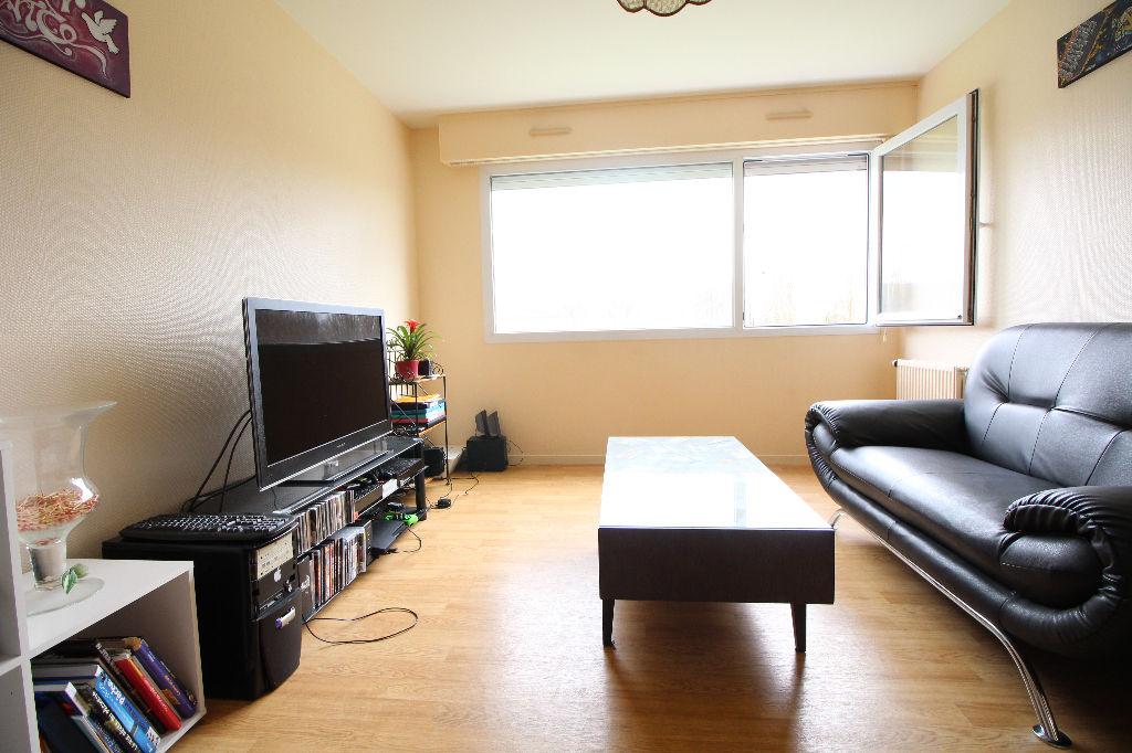 Appartement t2 rennes ref 40481 guenno immobilier for Salon de l immobilier rennes