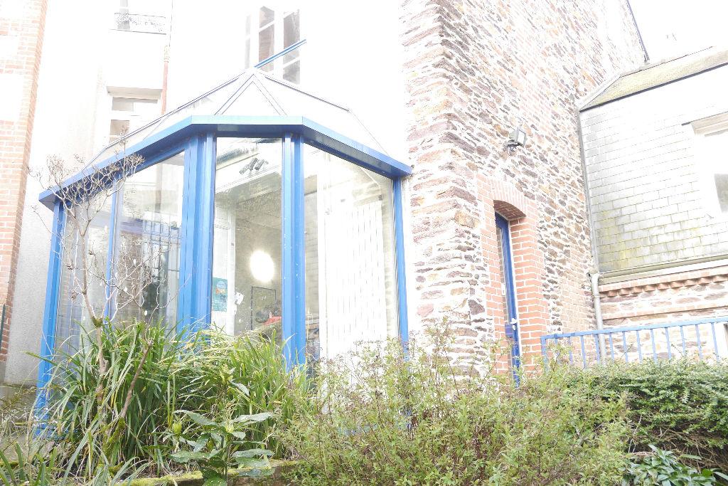 Maison T14 à Rennes REF : 41799
