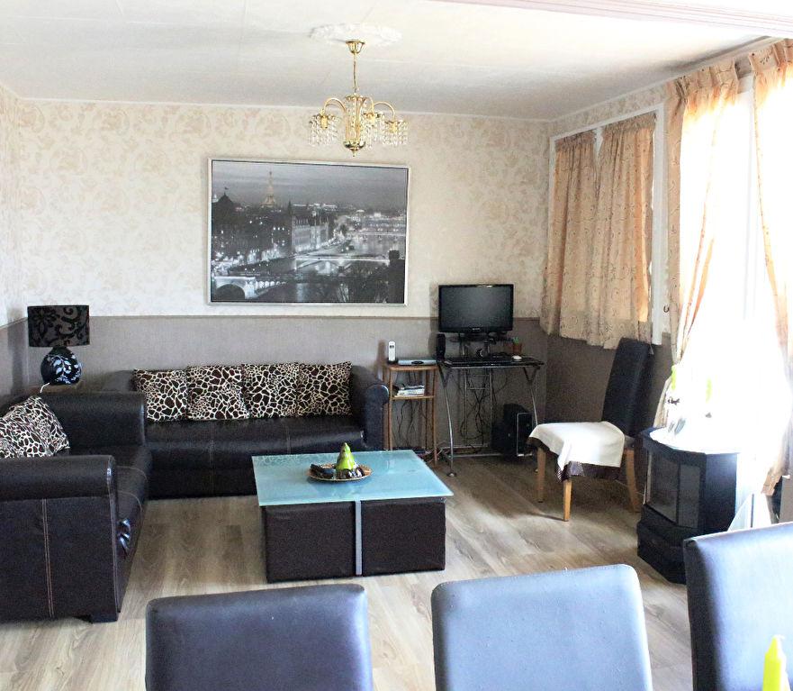 vente appartement 2 chambres quartier rue de nantes achat immobilier saint jacques de la. Black Bedroom Furniture Sets. Home Design Ideas
