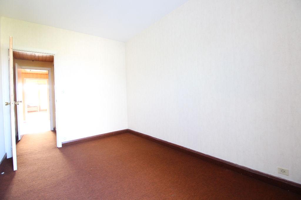 vente appartement 2 chambres quartier centre ville. Black Bedroom Furniture Sets. Home Design Ideas