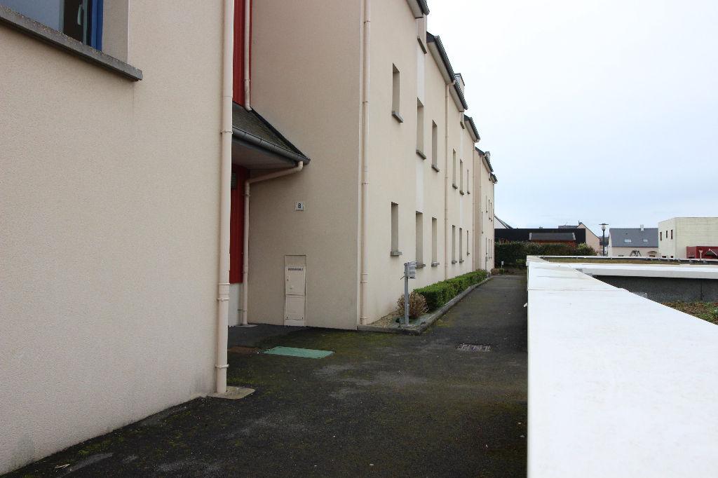 Appartement T4 à Saint thurial REF : 55249