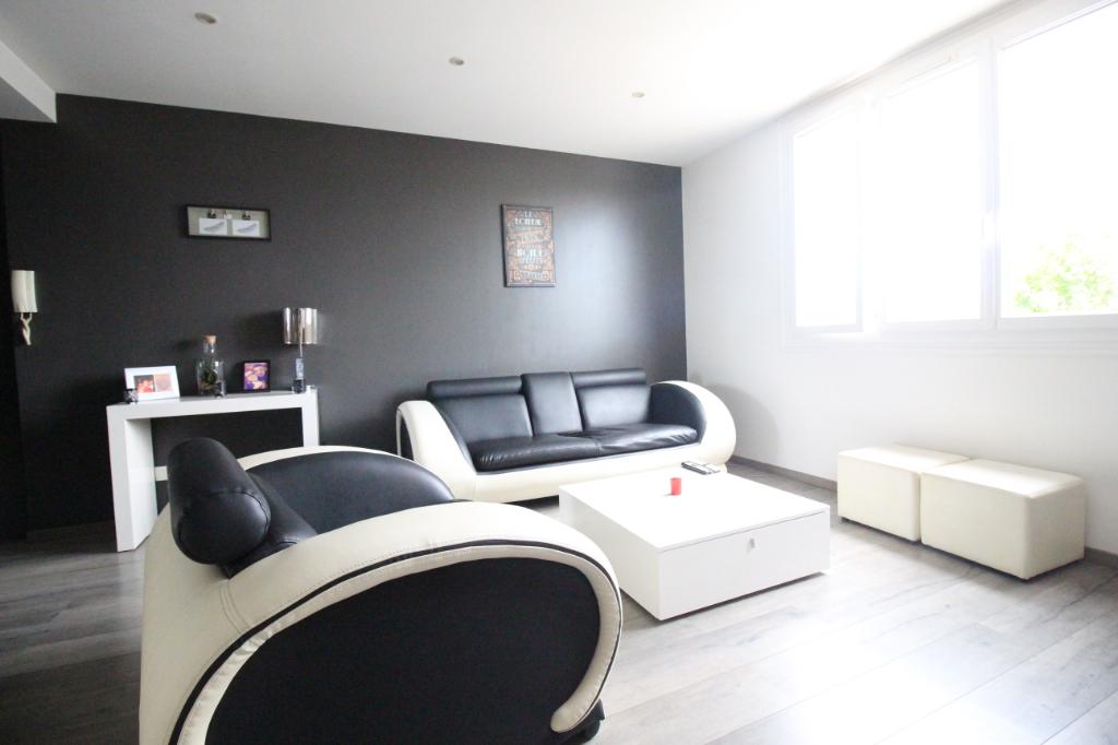 Appartement T3 à Saint jacques de la lande REF : 59004